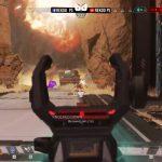 投げたグレネードがジャンプパッドで跳ねて空中のオクタンが爆発する動画(エペ速)